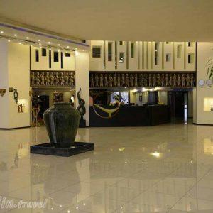Alaedin-Travel-Agency-Kashan-Negarestan-Hotel-Lobby-4