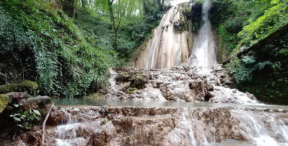 skelim-waterfall