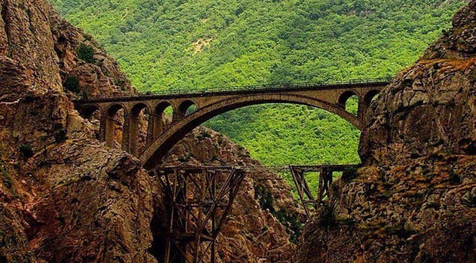historical-bridge