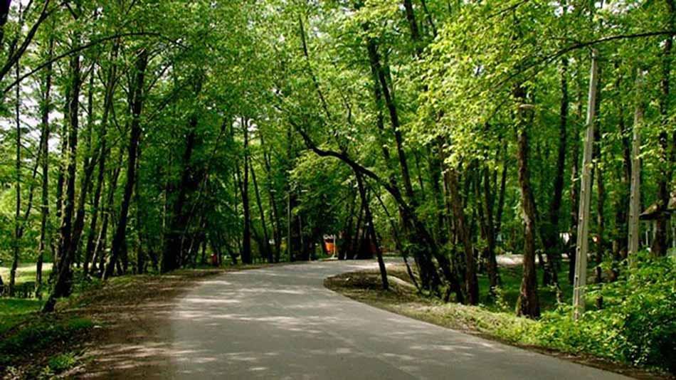 Sorkheh-Hesar-Park