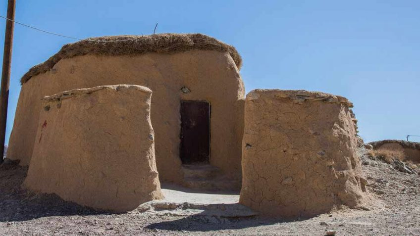 makhoonik-village