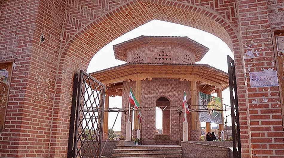 mirza-kuchak-khan