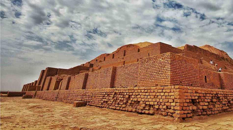 Chogha-Zanbil-Ziggurat
